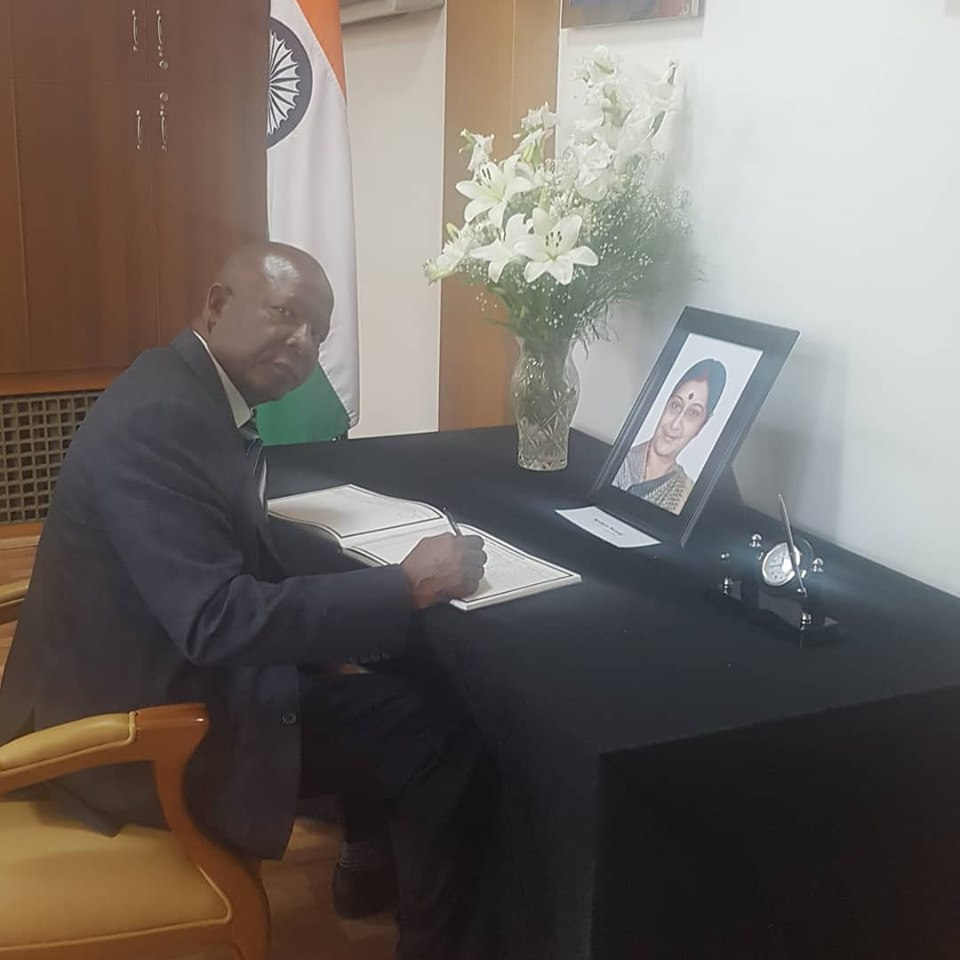 Condolence book Indian Embassy 9 August 2019
